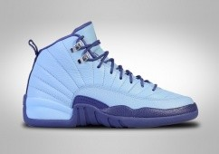 NIKE AIR JORDAN 12 RETRO NORTH CAROLINA TAR HEELS BG (SMALLER SIZES)
