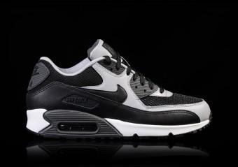 Nike Air Max 90 Essential 42 Tênis Nike Marrom com o