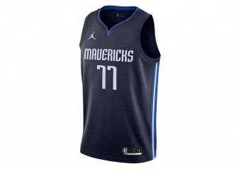 NIKE NBA DALLAS MAVERICKS LUKA DONČIĆ STATEMENT EDITION SWINGMAN JERSEY COLLEGE NAVY